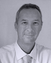 Wolfgang Karau
